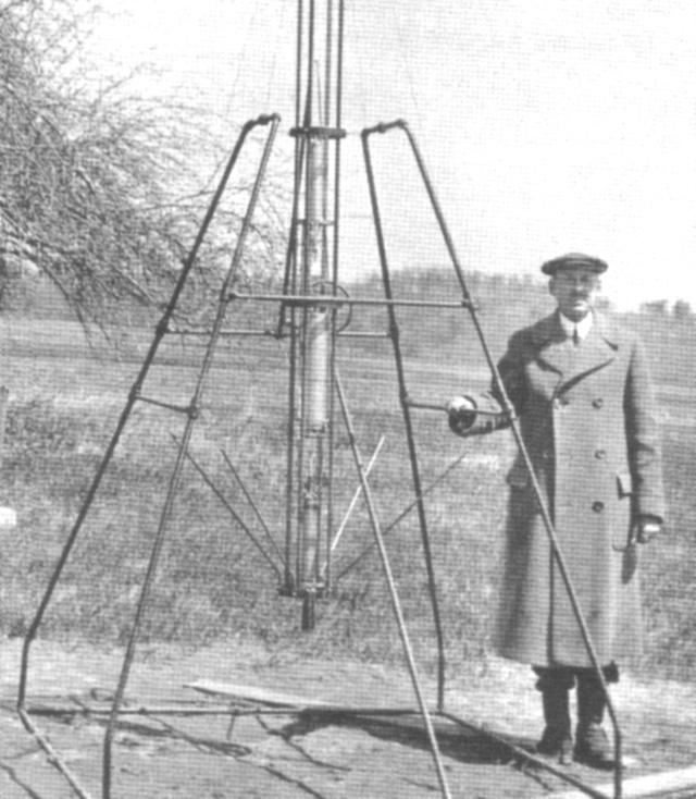 Les premieres fusées du 20eme siecle Goddar11