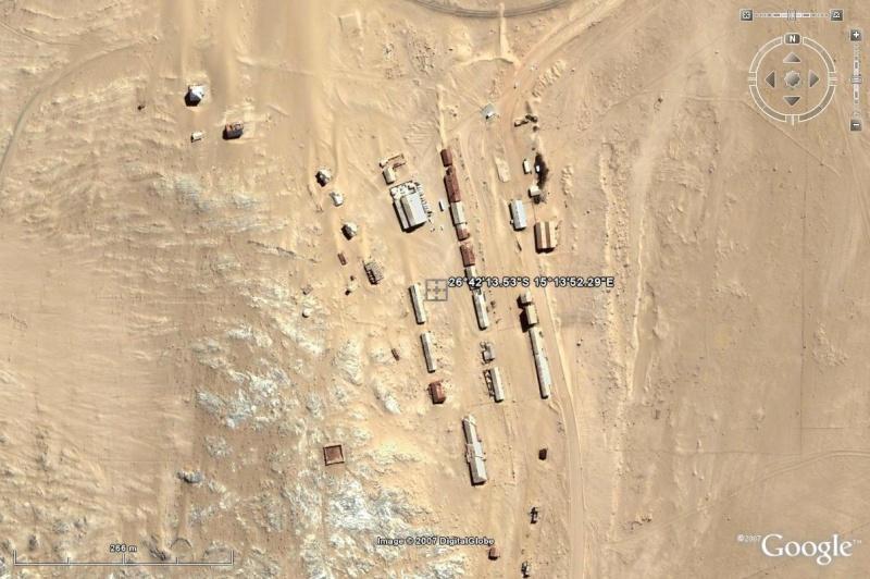 DI13: Village fantôme de Kolmanskop, Namibie (trouvé) - Page 2 Jcharr10