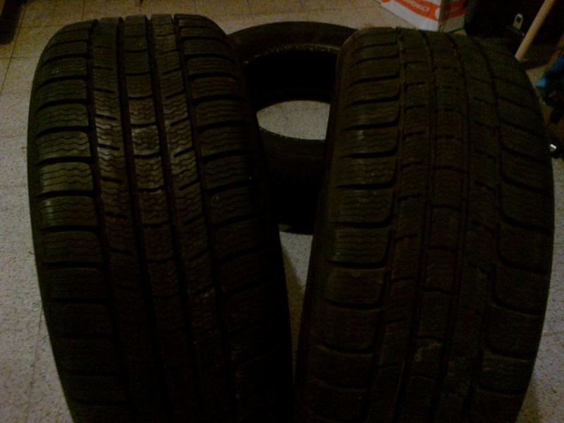 Vends 2 pneus Michelin Pilot Alpin m+s en 205 55 R 16 06022010