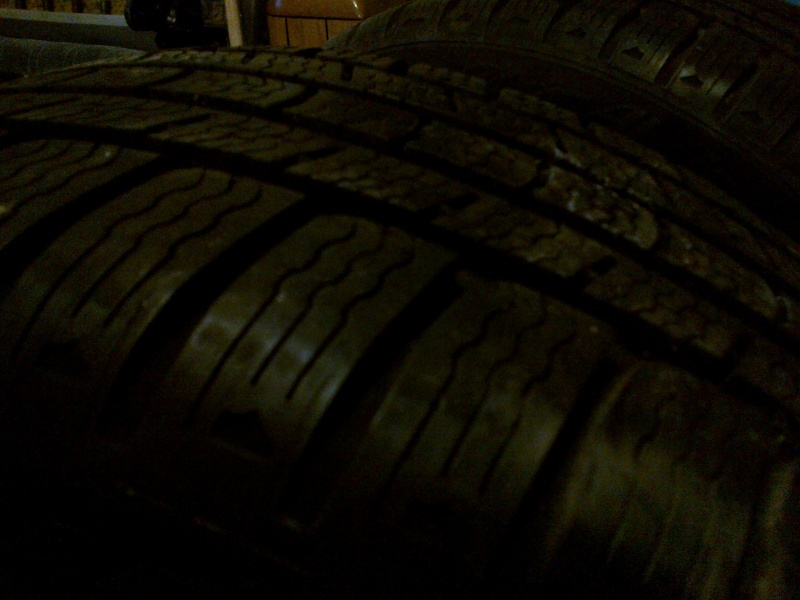 Vends 2 pneus Michelin Pilot Alpin m+s en 205 55 R 16 06022011