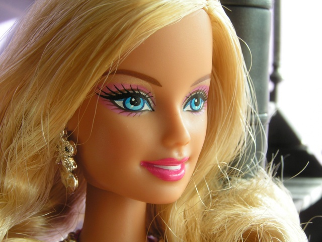 BARBIE FASHIONITAS Pict9520
