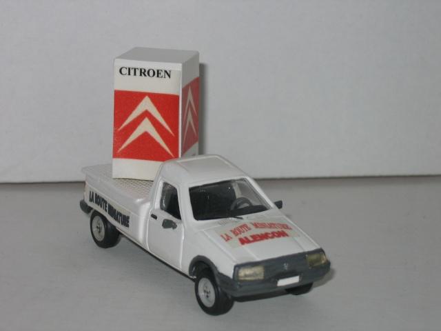 AUTOMANY Réf K90 : C15 Pick-Up  CUBE d'Affichage Img_4318