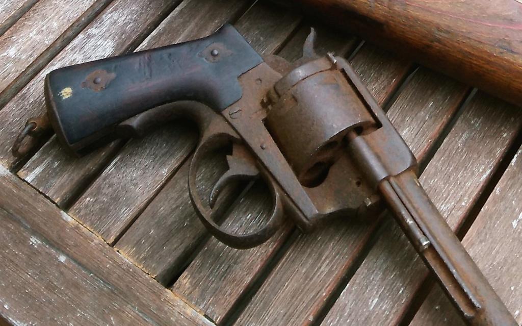 revolver LEFAUCHEUX 1870 ajout photos Img_2010