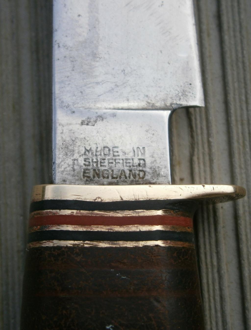 baionnette canadienne modèle 1910 et petit couteau anglais P2210016