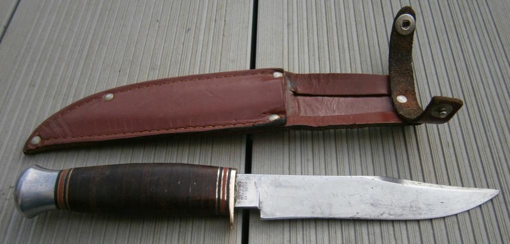 baionnette canadienne modèle 1910 et petit couteau anglais P2210019
