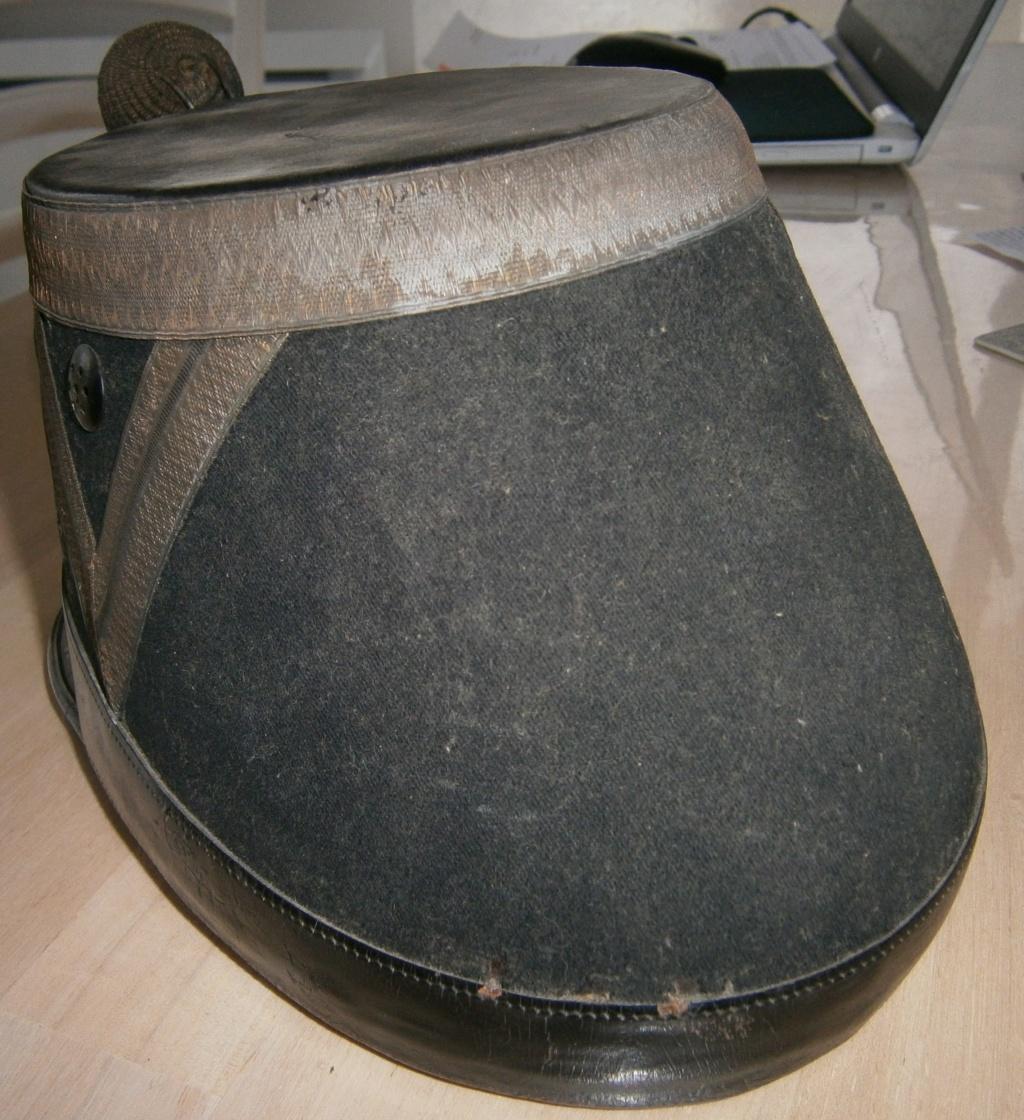 shako artillerie 1872 à évaluer P3050013