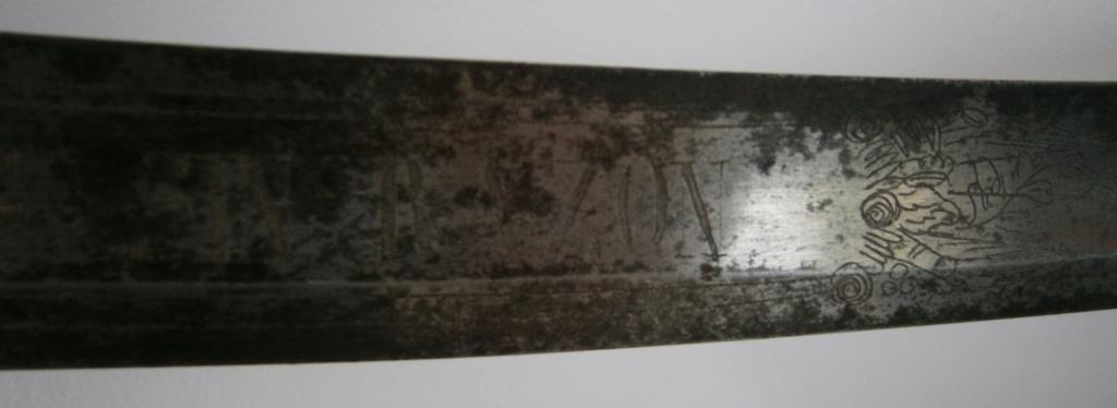 sabre espagnol ? d'abordage ou de cavalerie ? avec devise P6150017