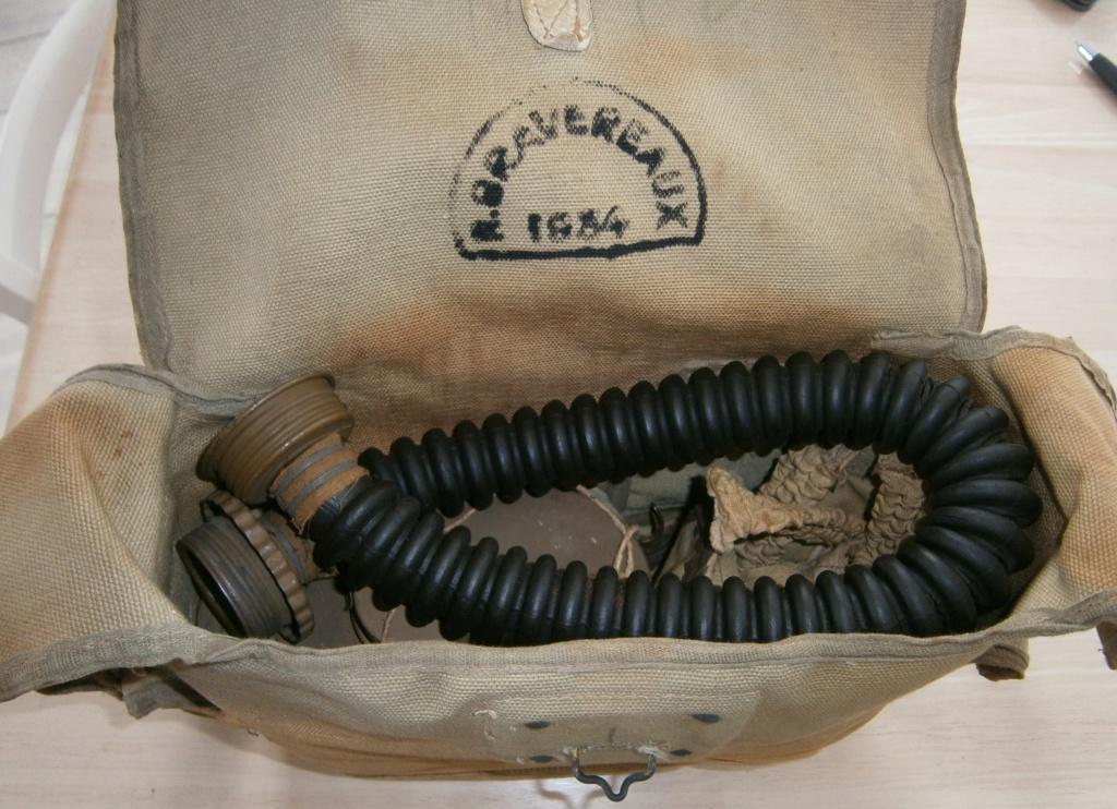 ce week-end dague heer , sabre 1882 et masque à gaz troupe 40 P6180012