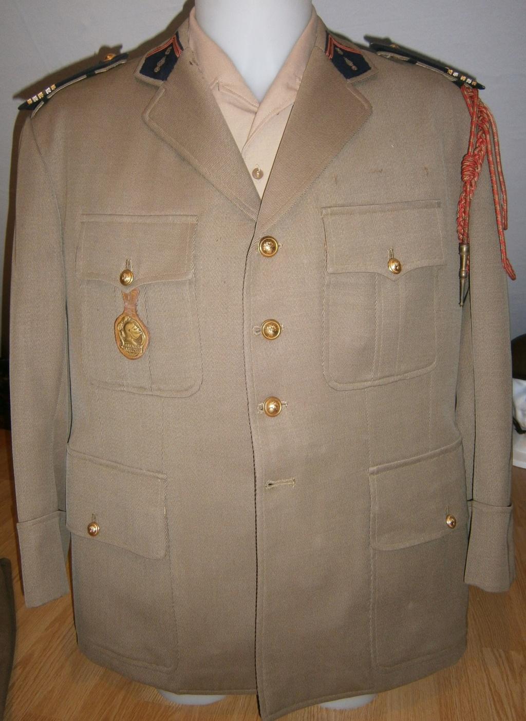 uniforme lieutenant colonel 5ème régiment infanterie P7040015