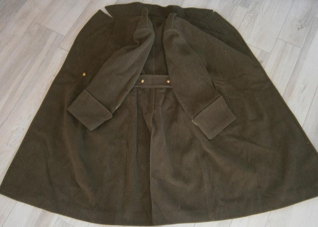 capote ou manteau français et bonnets de police époque ? P7050043