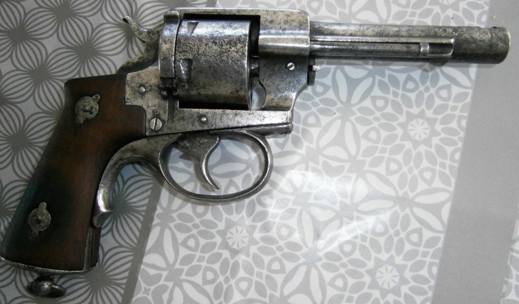 revolver LEFAUCHEUX 1870 ajout photos P8110020