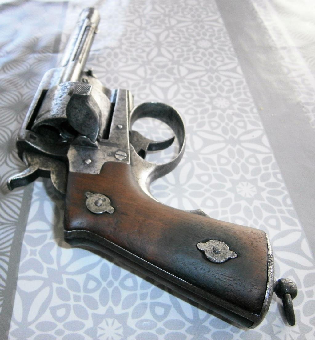 revolver LEFAUCHEUX 1870 ajout photos P8110021