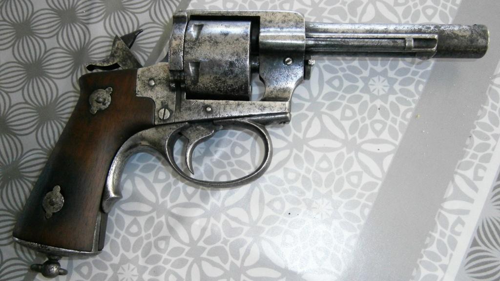 revolver LEFAUCHEUX 1870 ajout photos P8110023