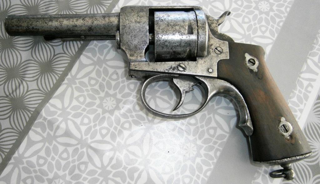 revolver LEFAUCHEUX 1870 ajout photos P8110024