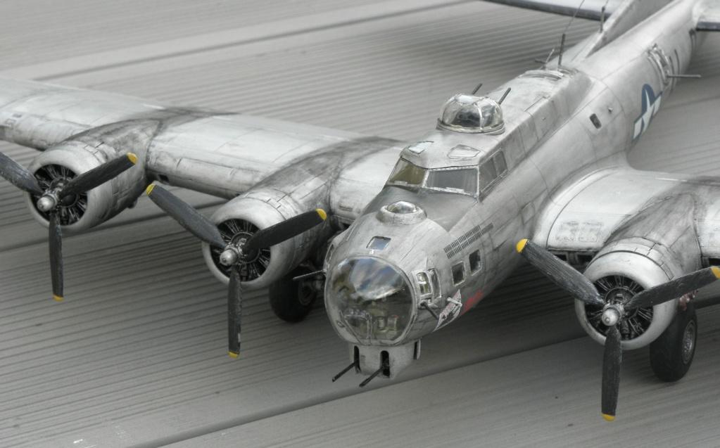 b-17 au 1/48 Pb190012