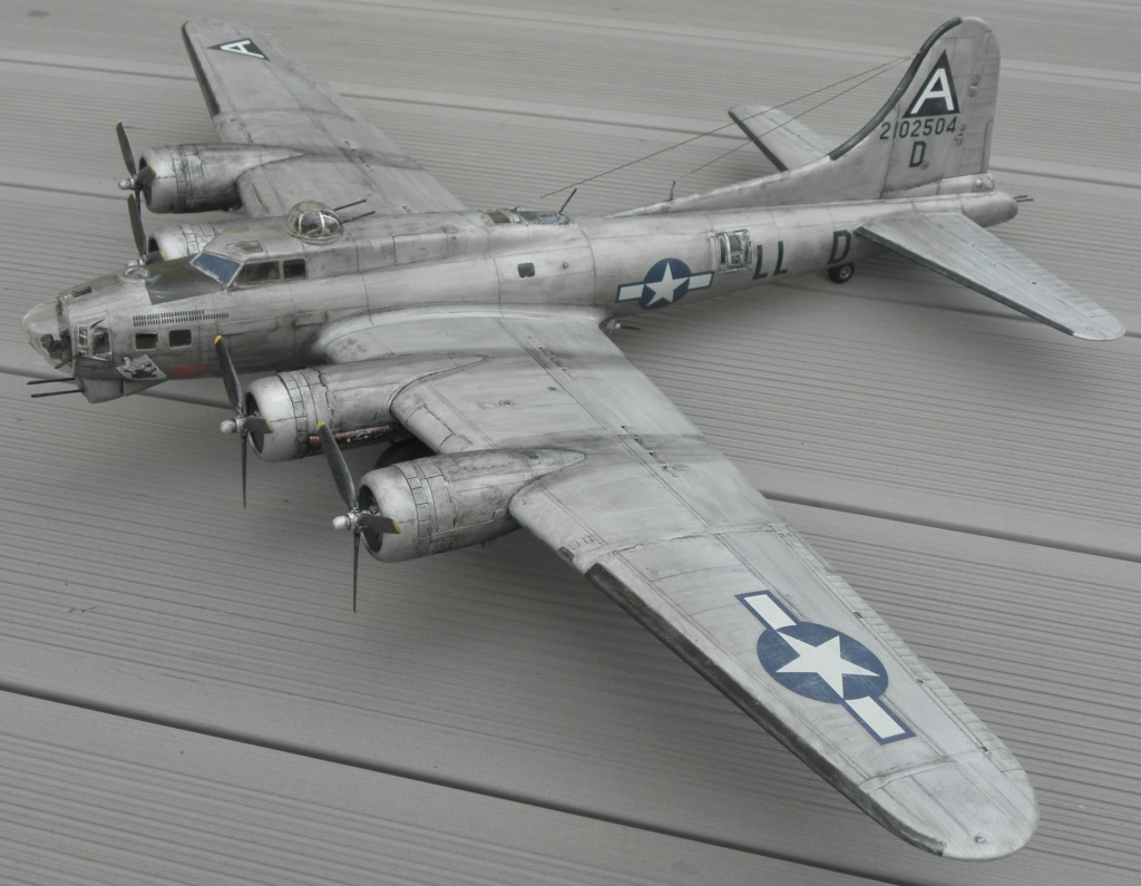 b-17 au 1/48 Pb190013