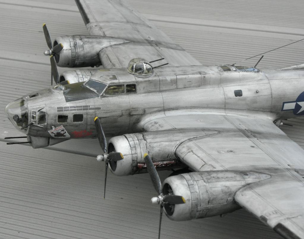 b-17 au 1/48 Pb190014