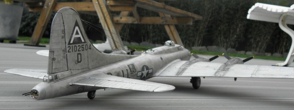 b-17 au 1/48 Pb190019