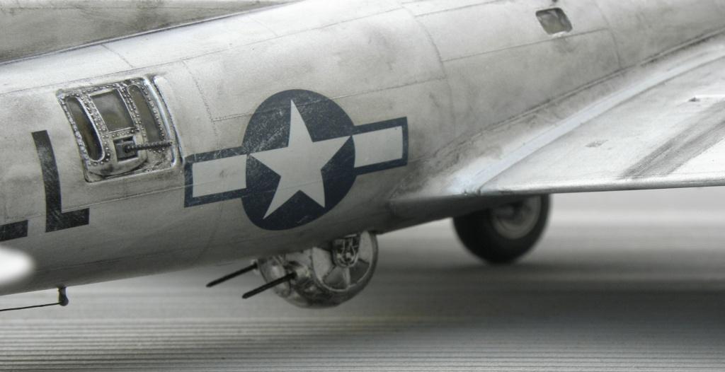 b-17 au 1/48 Pb190021
