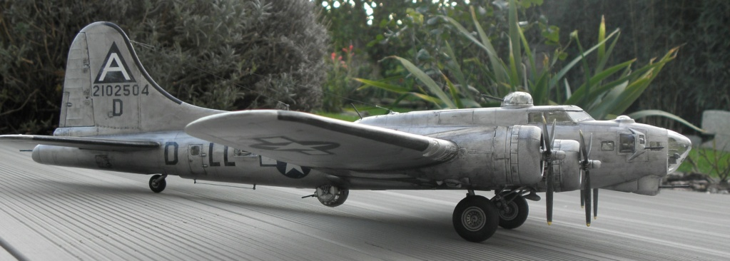b-17 au 1/48 Pb190022