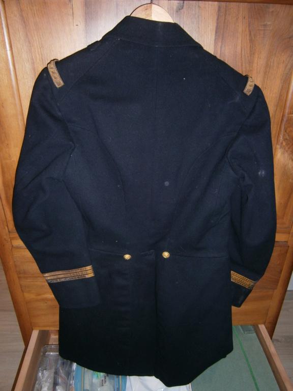 demande de renseignements concernant une rentrée d'uniforme de la marine Pc110022