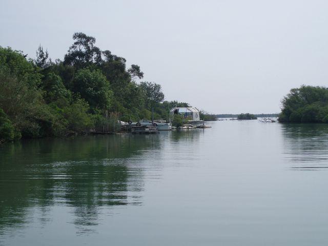 L'embouchure du Rhone a la mer P1010029