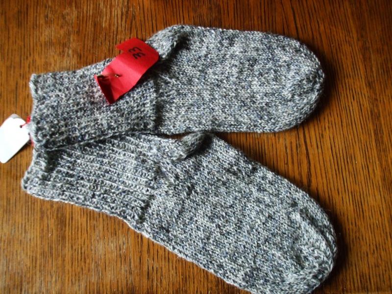 Chaussettes bien chaudes, tricotées main et autres 00310