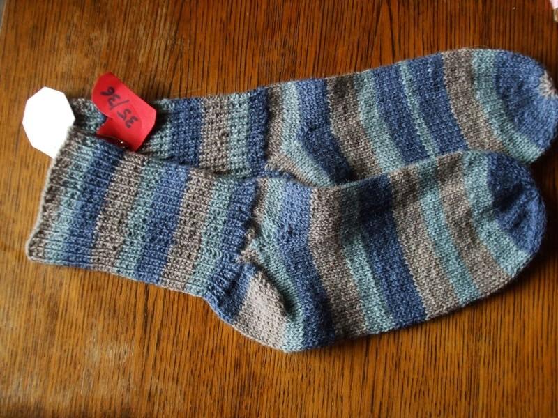 Chaussettes bien chaudes, tricotées main et autres 00910