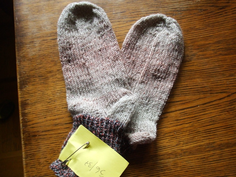 Chaussettes bien chaudes, tricotées main et autres 01010