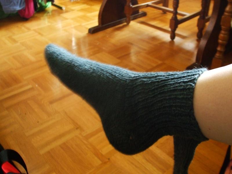 Chaussettes bien chaudes, tricotées main et autres 012b10
