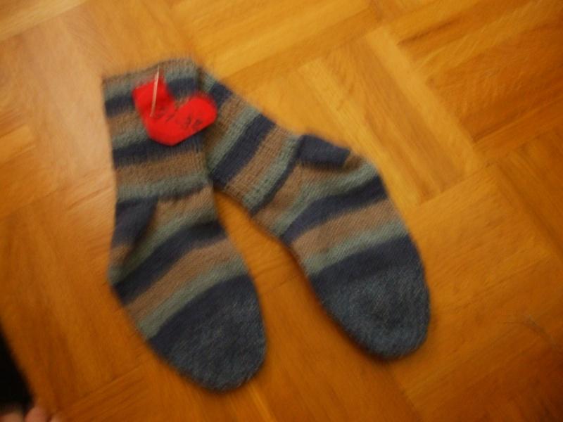 Chaussettes bien chaudes, tricotées main et autres 01410