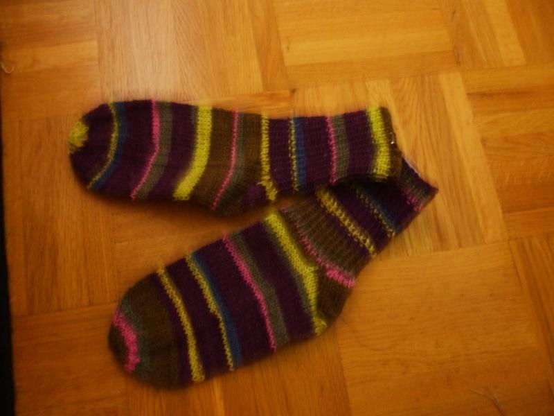 Chaussettes bien chaudes, tricotées main et autres 01510