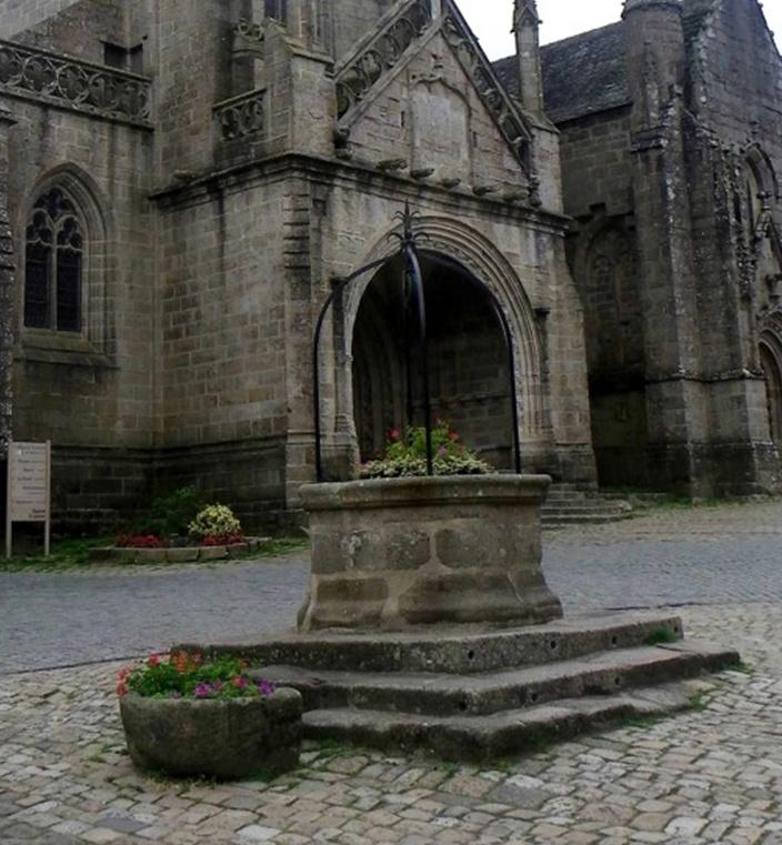 Tourisme à Locronan... Locron13