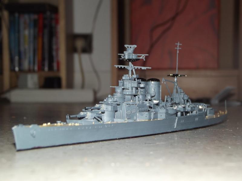 HMS Hood au 1/700 de trumpeter Dscf3614