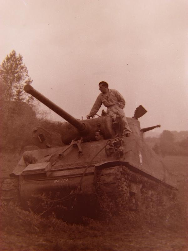 M4A2 Tailly et ambiance Paris 44 sur ibé Dscf4910