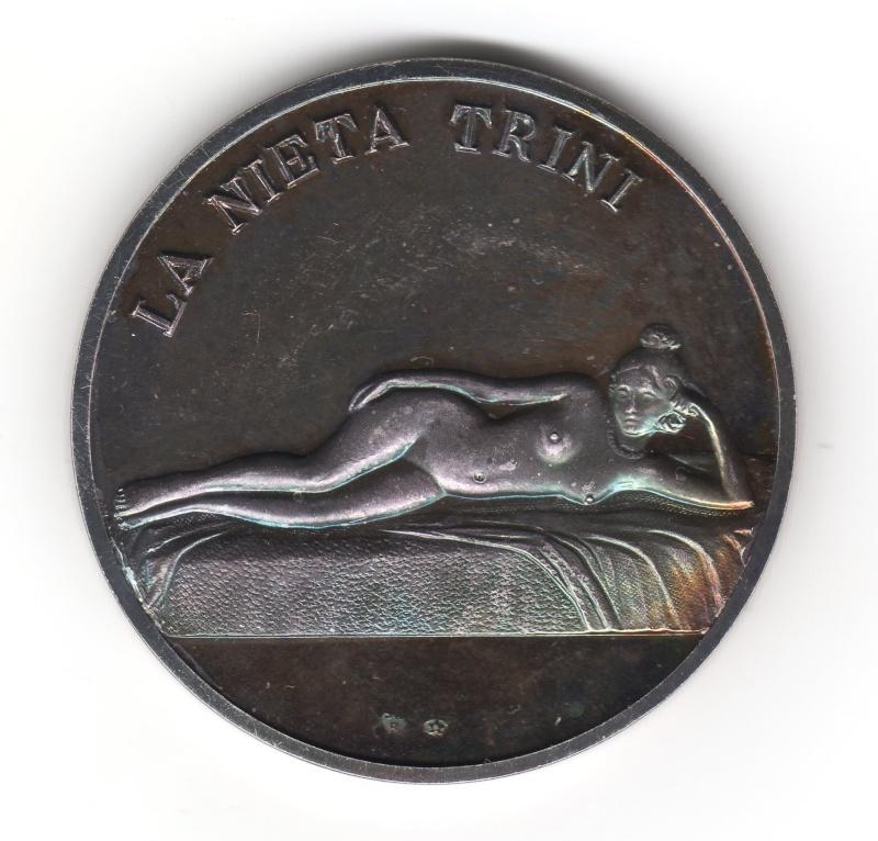 Medalla de Julio Romero de Torres. La nieta Trini. Img38010
