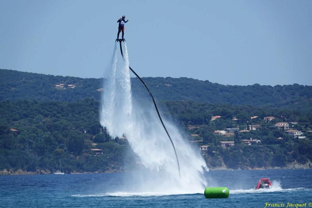 Championnat du monde de sky board à Cavalaire sur Mer 01110