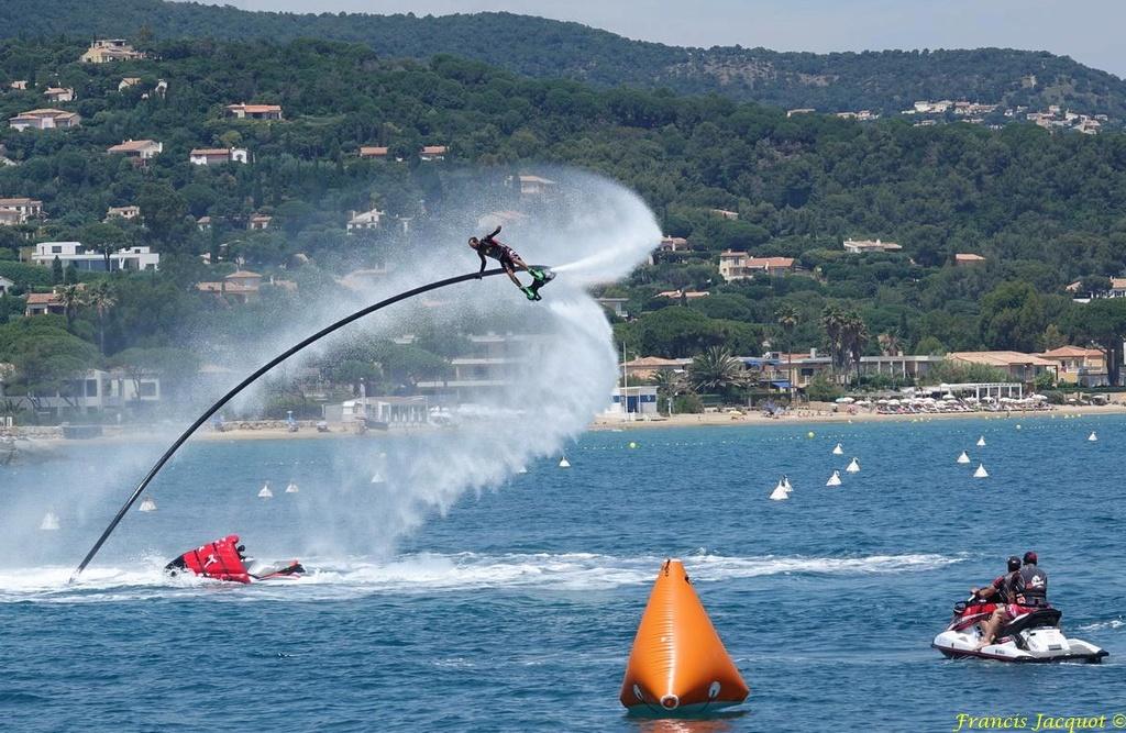 Championnat du monde de sky board à Cavalaire sur Mer 04010