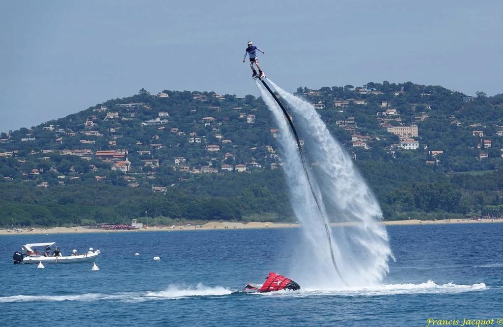 Championnat du monde de sky board à Cavalaire sur Mer 04510