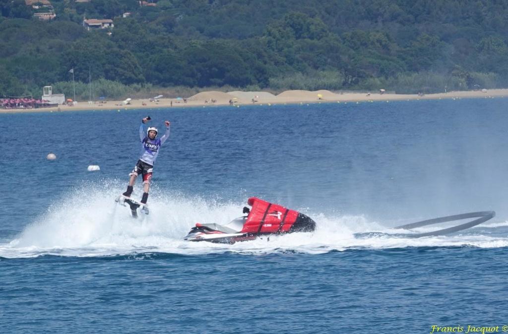 Championnat du monde de sky board à Cavalaire sur Mer 04710