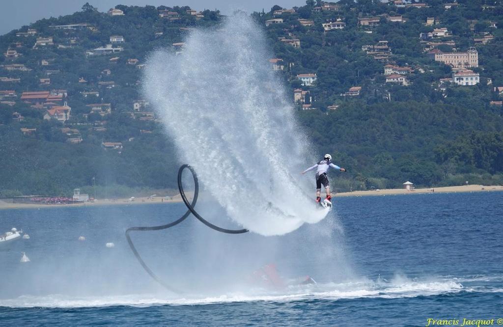 Championnat du monde de sky board à Cavalaire sur Mer 04810