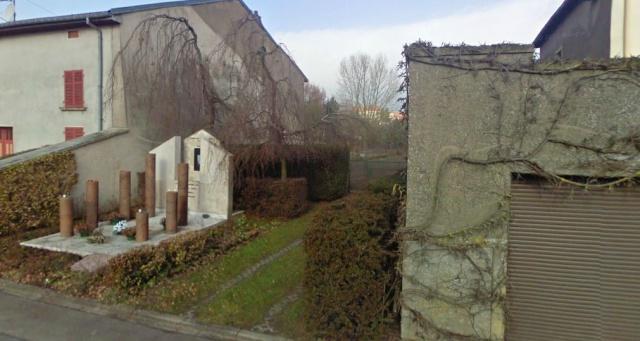 DU BIENHEUREUX FRERE ARNOULD.... A FRERE ANDRE, Saint. - Page 2 210