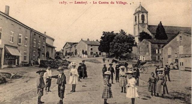 DU BIENHEUREUX FRERE ARNOULD.... A FRERE ANDRE, Saint. - Page 2 Landro12