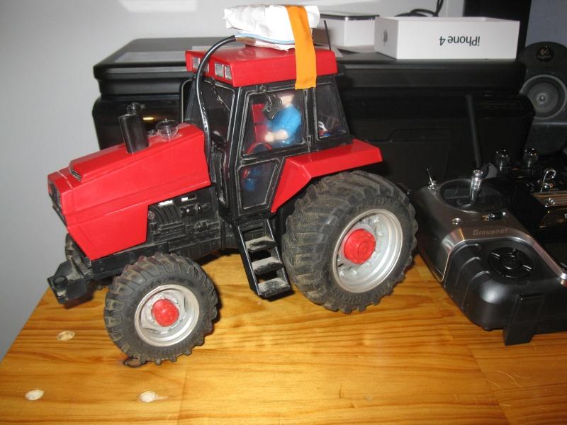 tracteur CASE 1/20 Img_2714