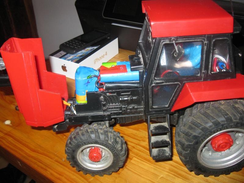 tracteur CASE 1/20 Img_2719