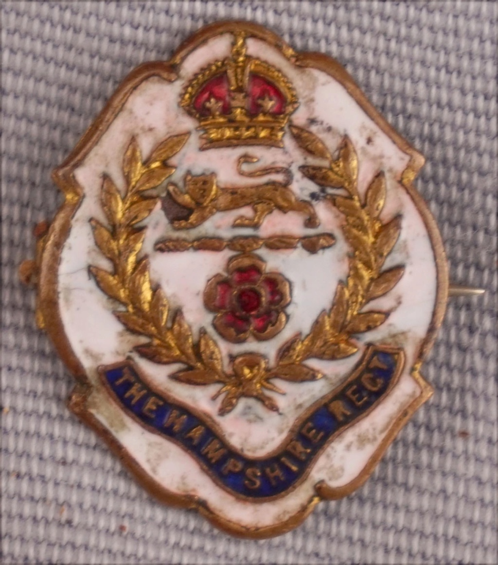 The Hampshire Regt  Broche d'amoureux Pinsaa10