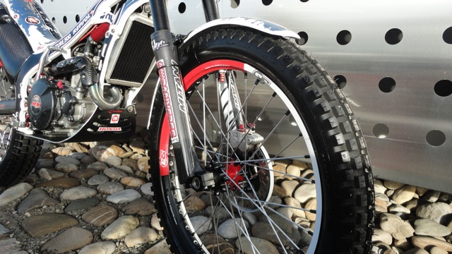 Superbe 4RT 300cc à vendre Dsc06020