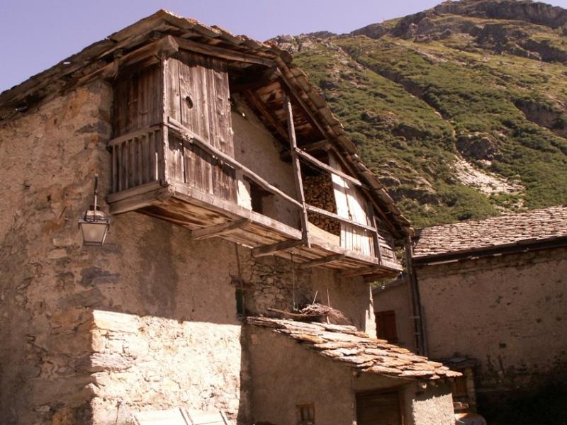 Maginot - La Route des Grandes Alpes - Page 12 Pict0010