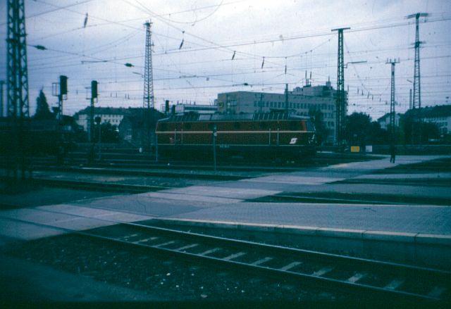 Die Baureihe 1044 der ÖBB - der Staubsauger 1044_110