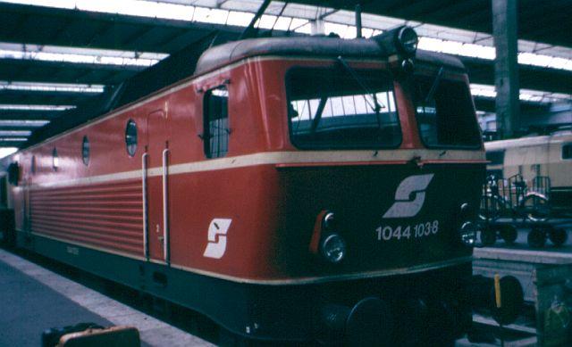 Die Baureihe 1044 der ÖBB - der Staubsauger 1044_111